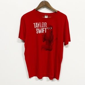 Urban Outfitters Taylor Swift Red Tour Tee L